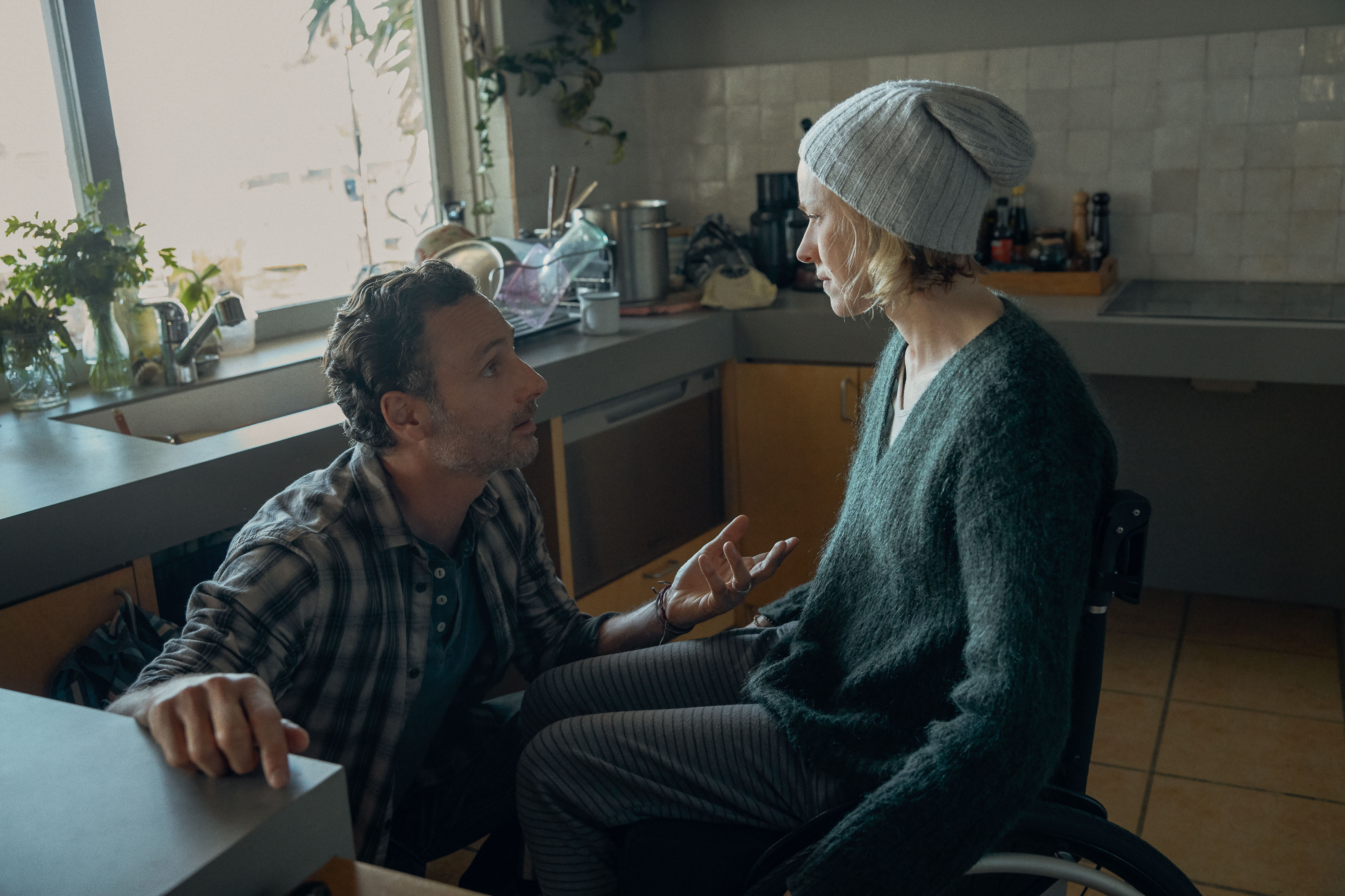 Andrew Lincoln as Cameron Bloom and Naomi Watts as Sam Bloom in 'Penguin Bloom'