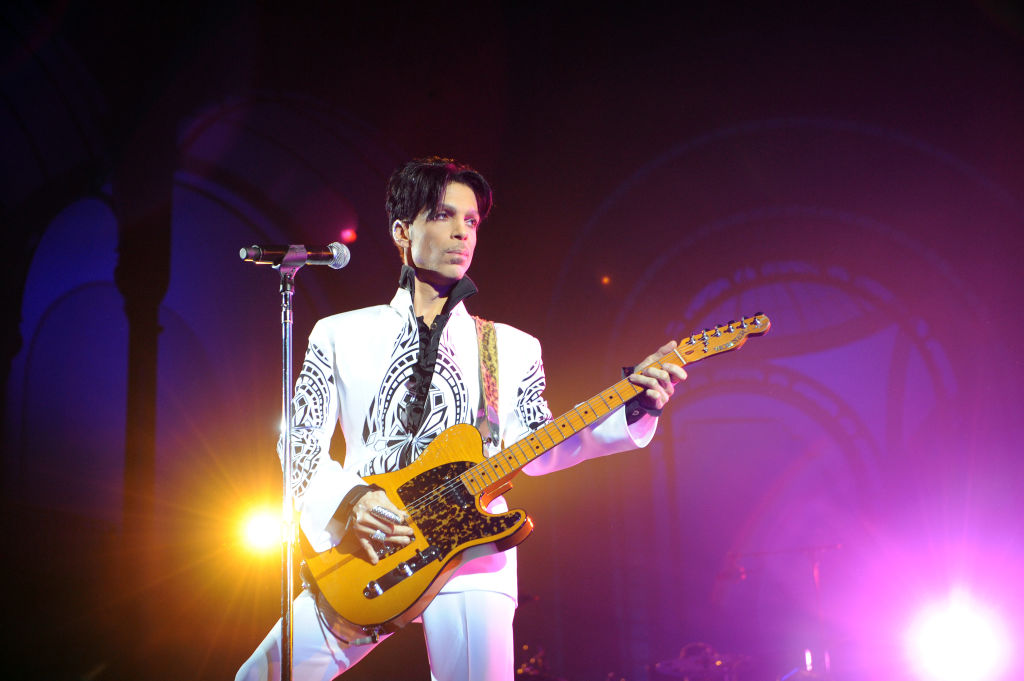 U.S. singer Prince performs at the Grand Palais in Paris, France, on October 11, 2009.
