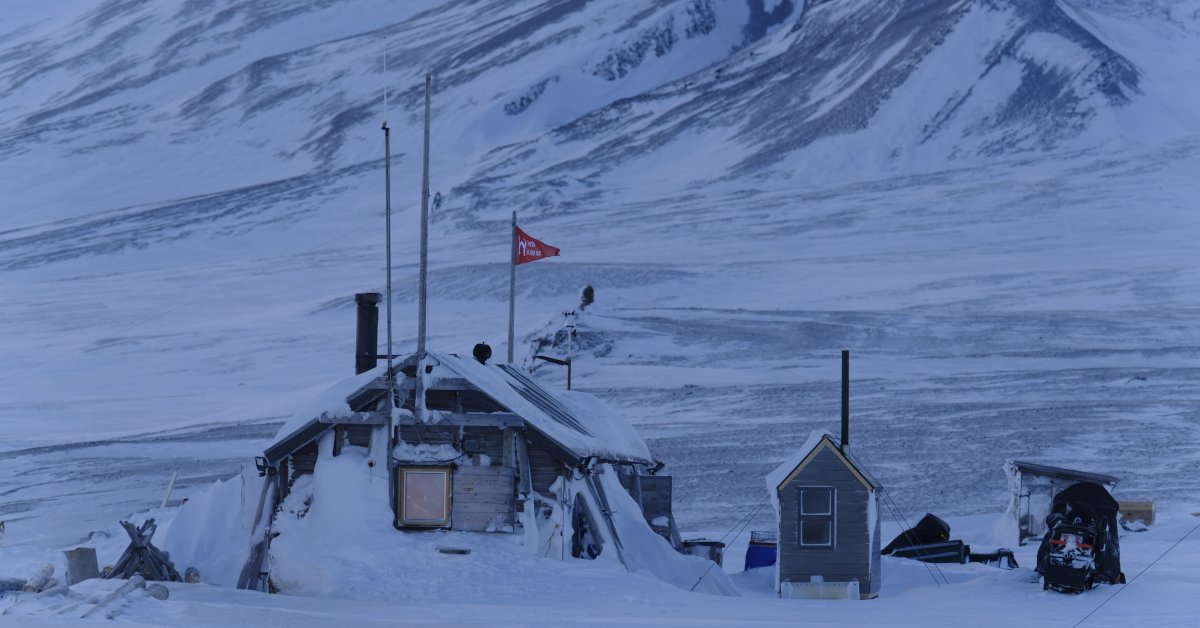 We're in the Third Quarter of the Pandemic. Antarctic Researchers, Mars Simulation Scientists and Navy Submarine Officers Have Advice For How to Get Through It