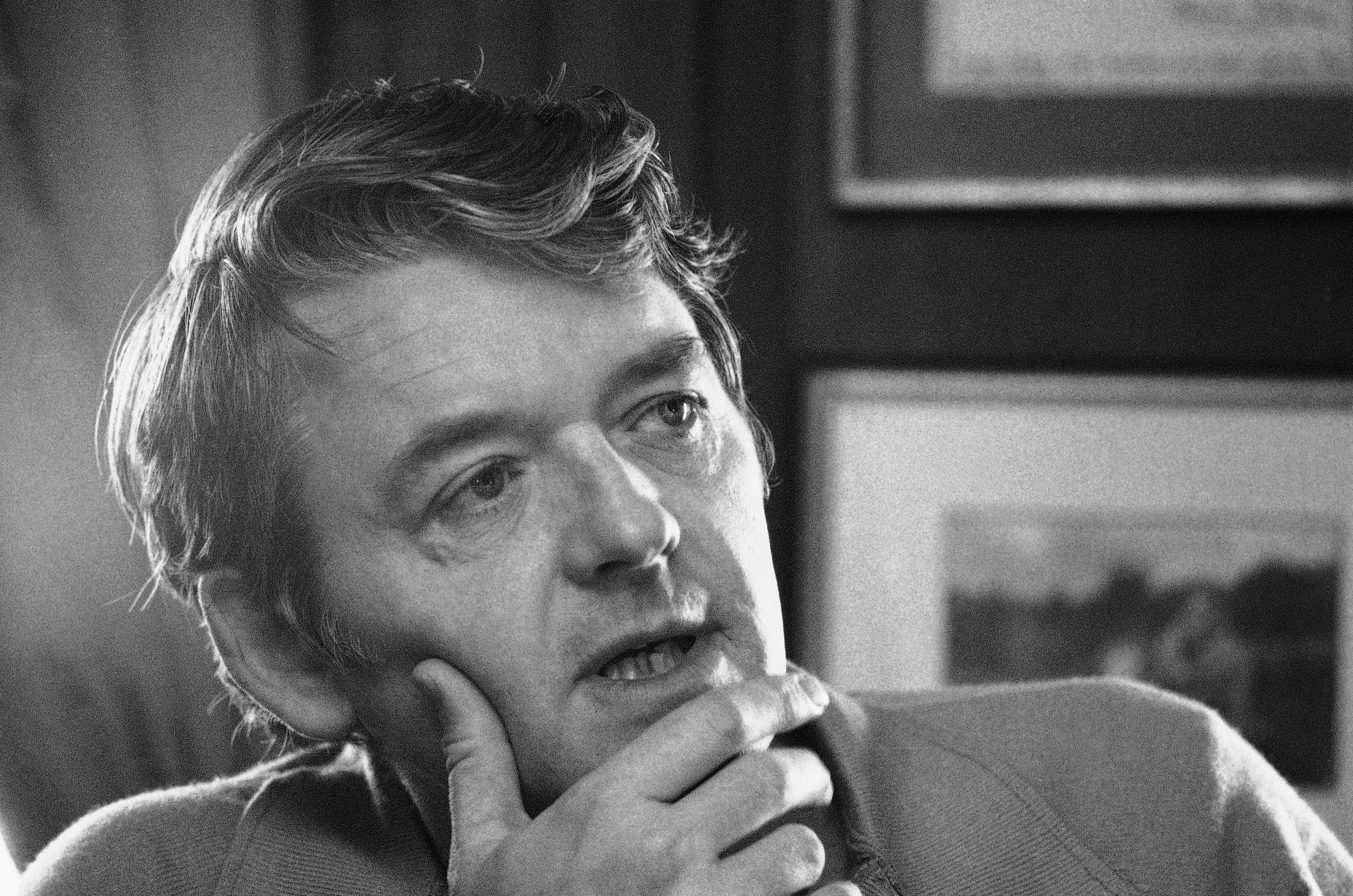 Actor Hal Holbrook appears during an interview in his New York apartment on Feb. 8, 1973.