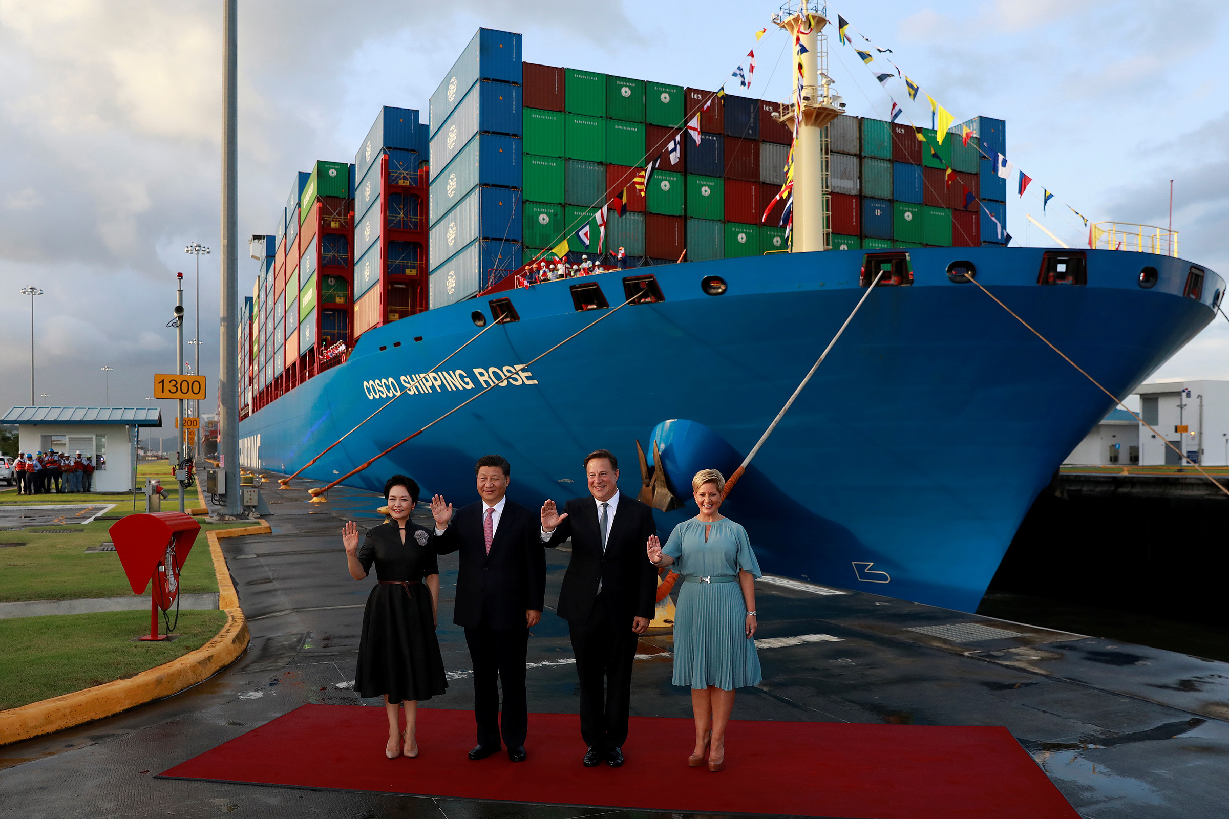 China's President Xi Jinping and his wife Peng Liyuan with Panama's then President Juan Carlos Varela and First Lady Lorena Castillo in December 2018