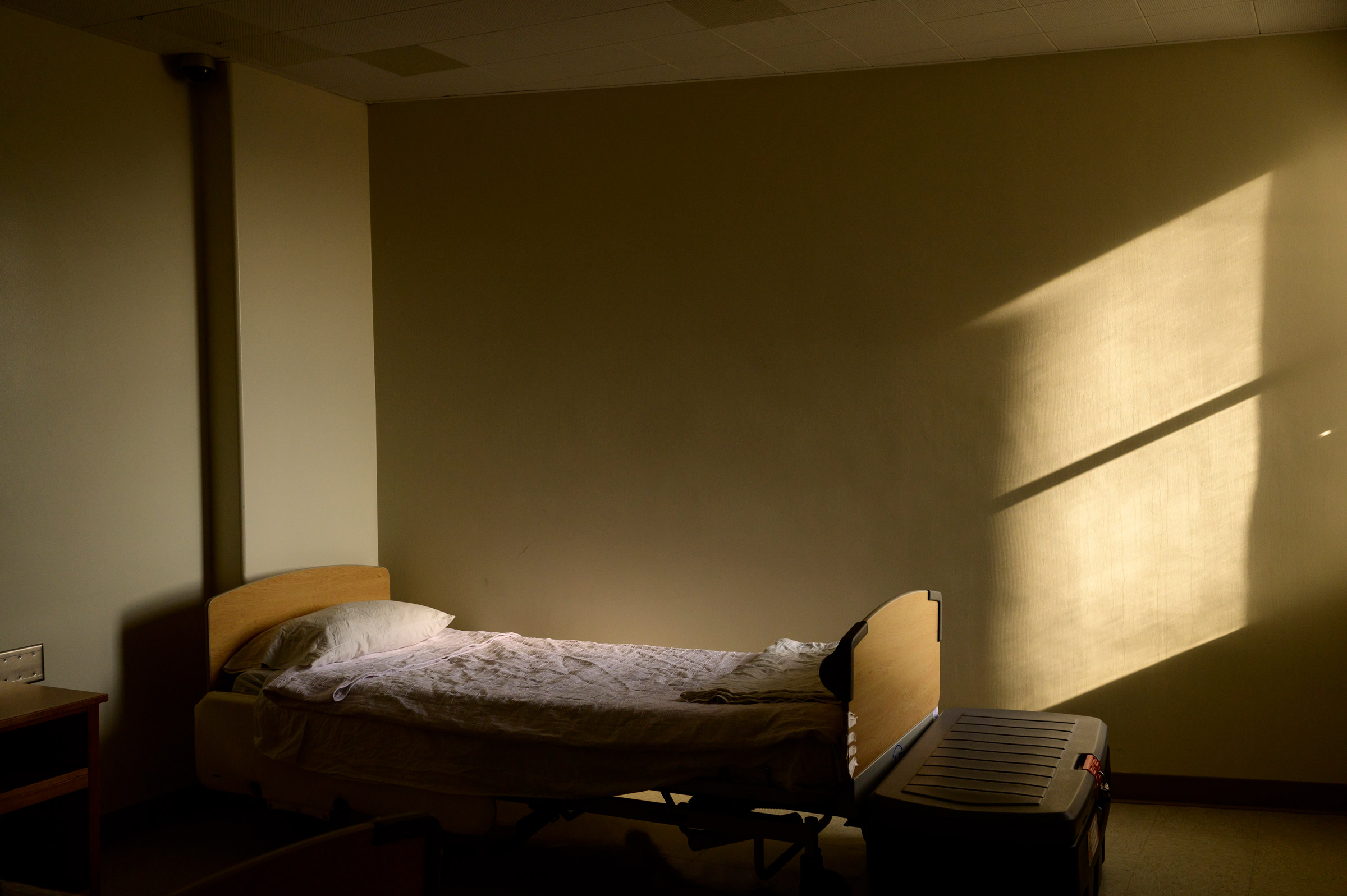 After the Ohio Valley Medical Center closed, the city donated its former mental-health facility for use as a temporary winter shelter.