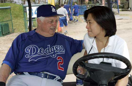 Ng with Tommy Lasorda in 2005