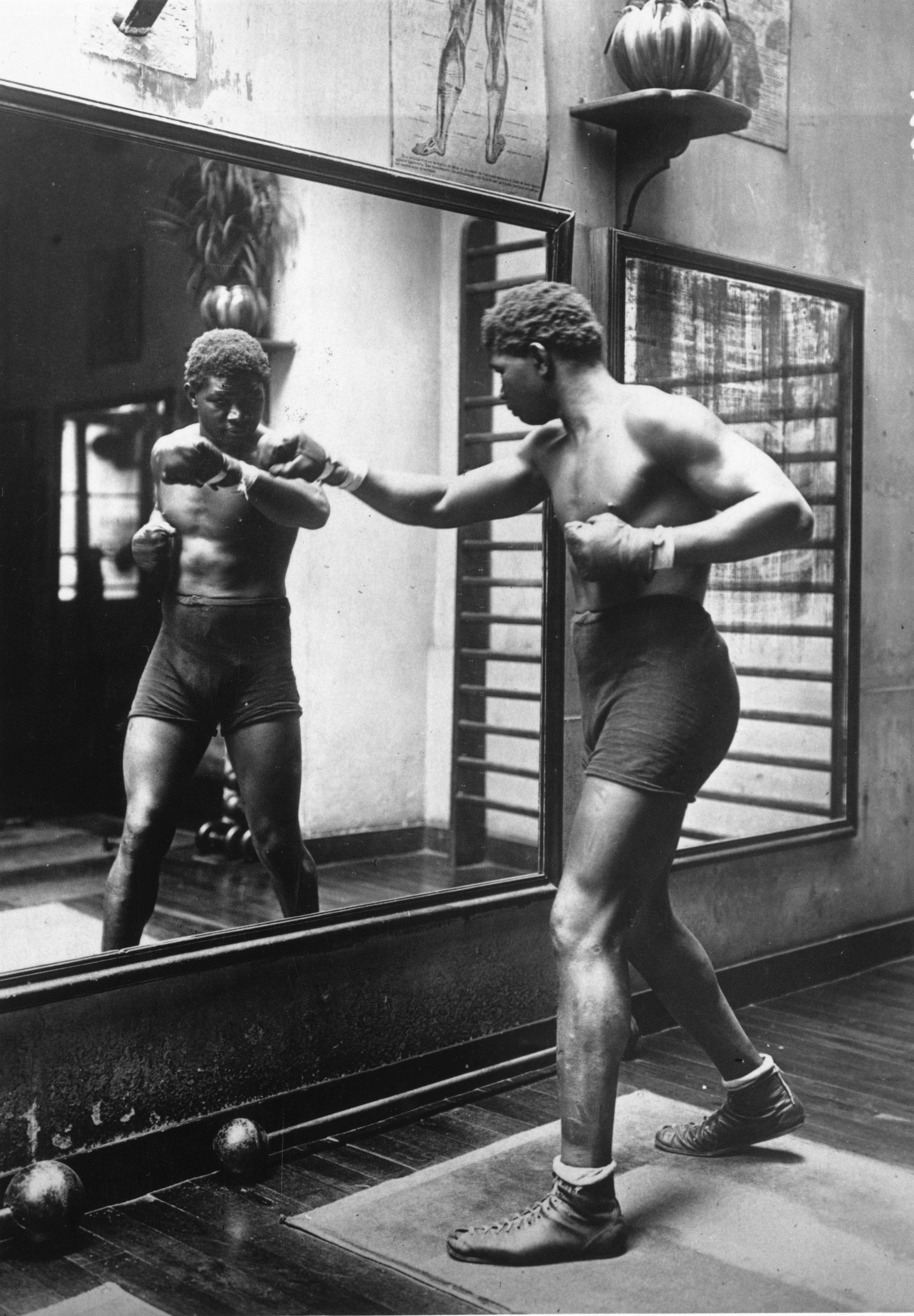 'Battling Siki' in training circa 1920.
