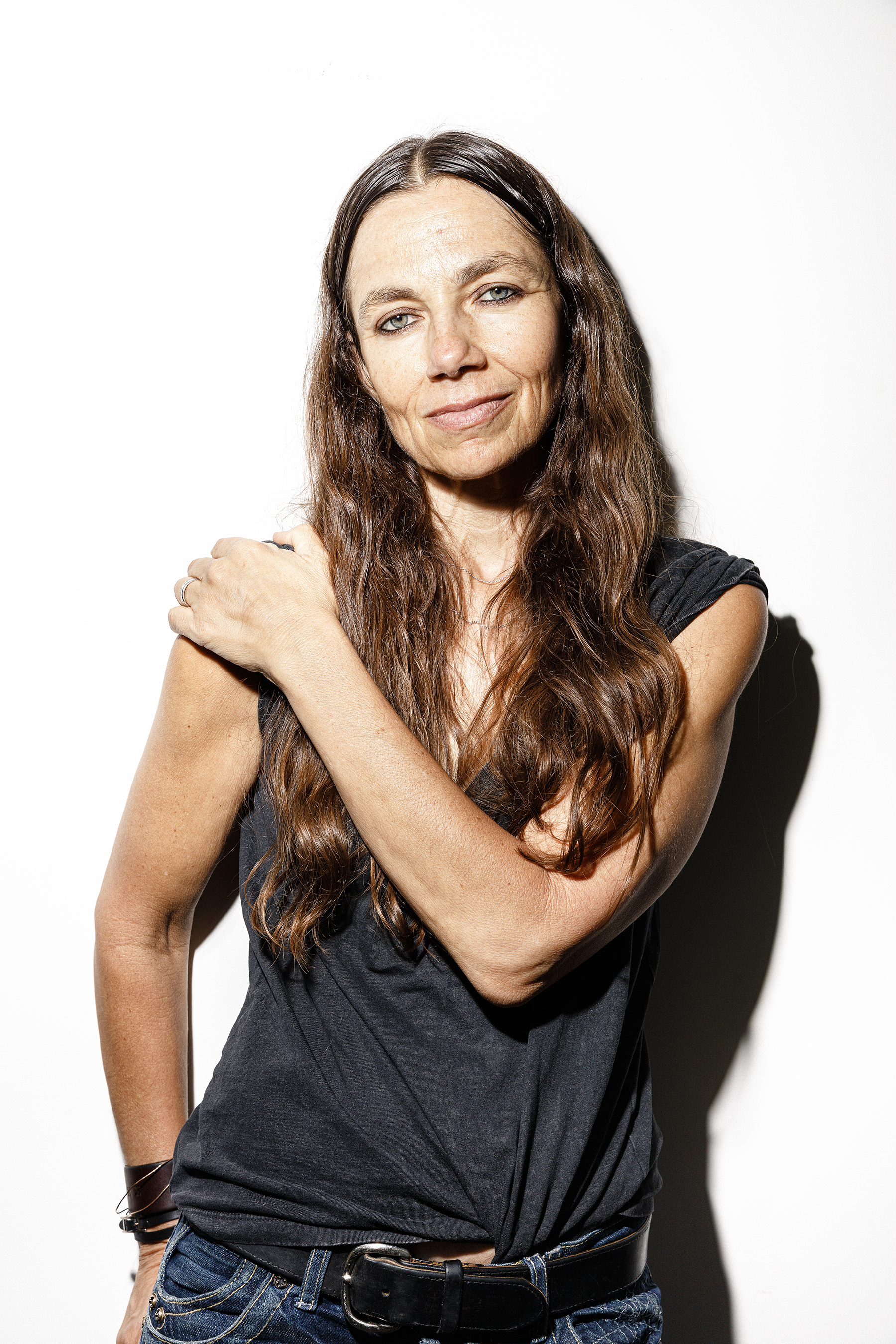 Justine Bateman, author of FACE One Square Foot of Skin