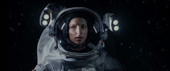 STOWAWAY (Pictured) ANNA KENDRICK as ZOE LEVENSON.  © 2021, Stowaway Productions, LLC, Augenschein Filmproduktion GmbH, RISE Filmproduktion GmbH.  All rights reserved.