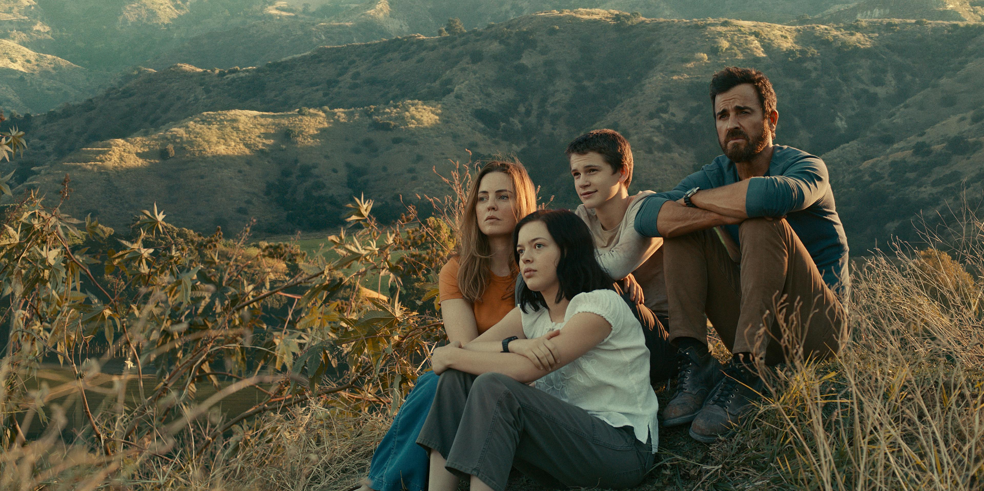 L-R: Melissa George, Logan Polish, Gabriel Bateman and Paul Theroux in 'The Mosquito Coast'
