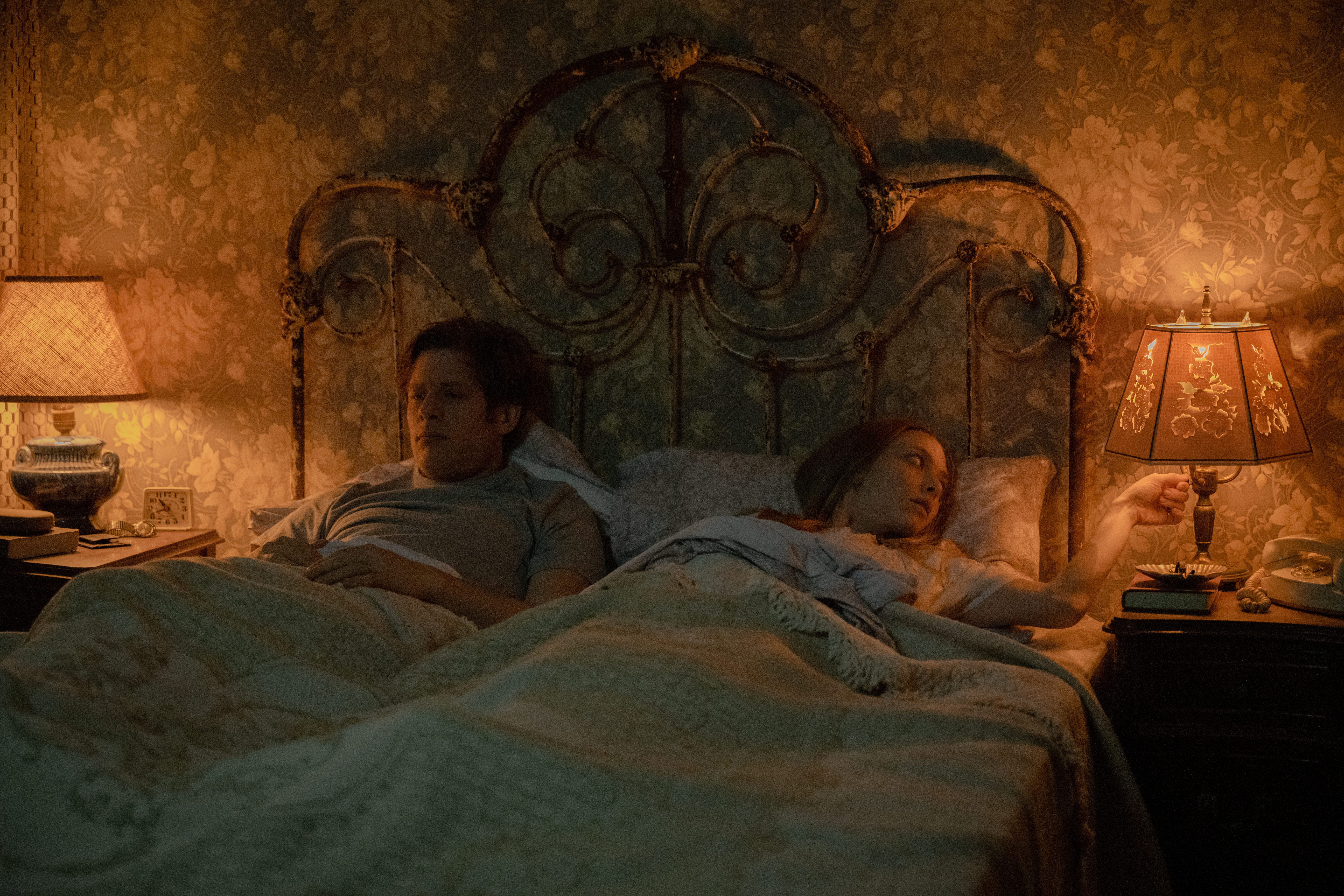 James Norton as George Clare and Amanda Seyfried as Catherine Clare in 'Things Heard & Seen'