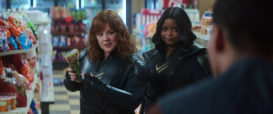 THUNDER FORCE (L-R): MELISSA MCCARTHY as LYDIA, OCTAVIA SPENCER as EMILY. Cr. NETFLIX © 2021.