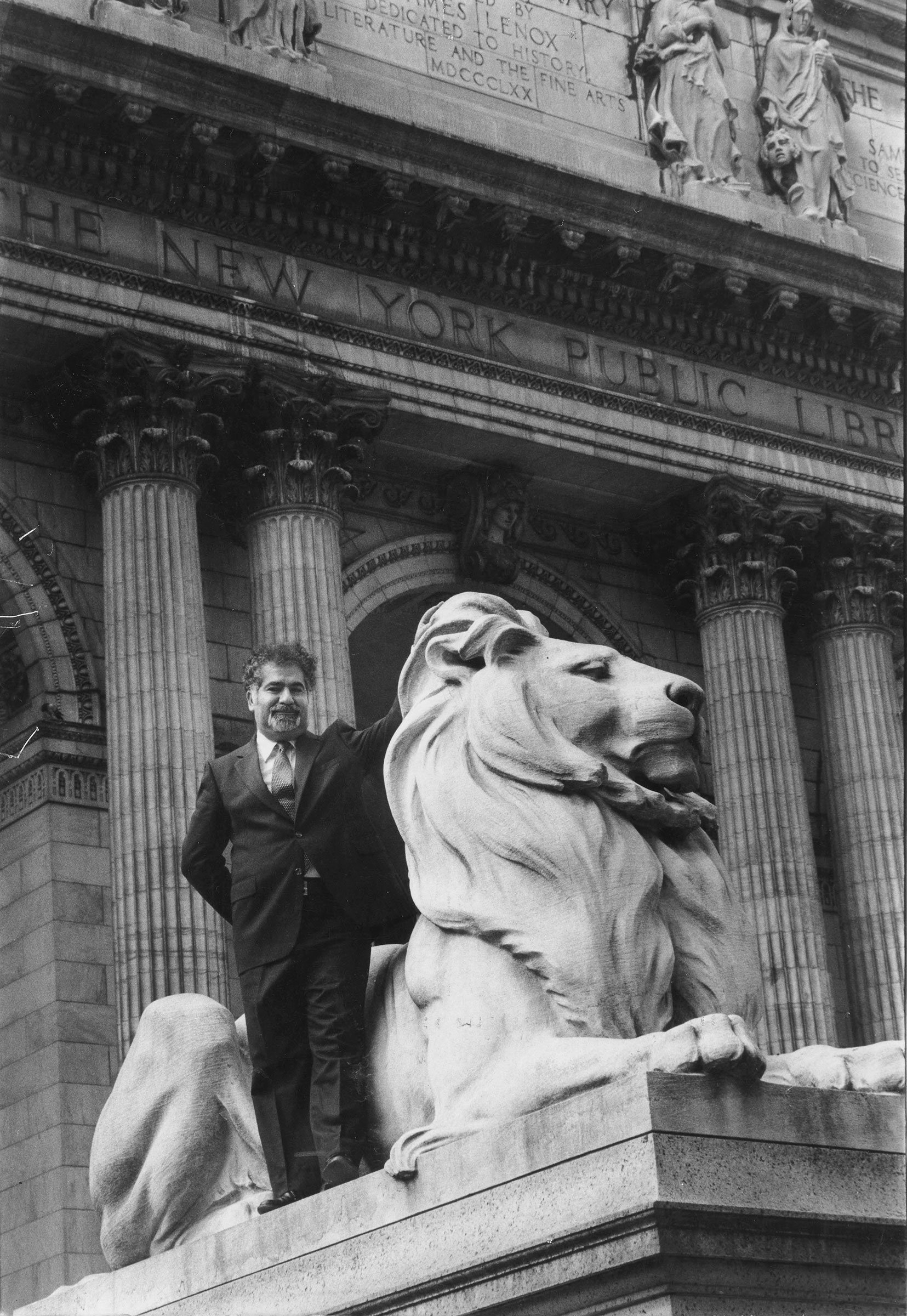 Vartan Gregorian outside the New York Pubic Library on Sept. 11, 1981.