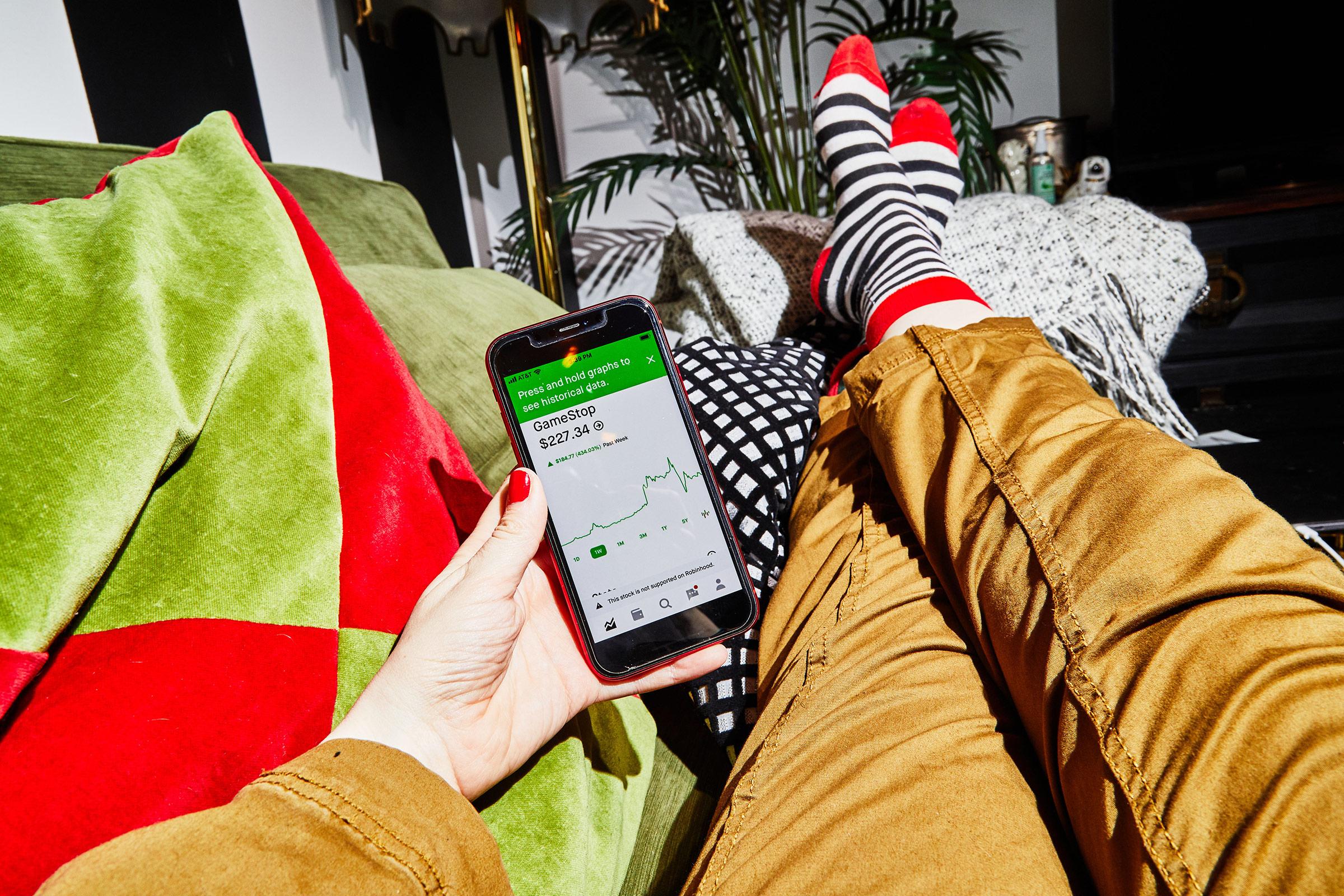 The Robinhood app displays Gamestop's stock price on a phone in New York on Jan. 28, 2021.