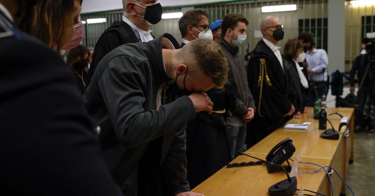 Seorang Juri di Roma Menghukum Dua Pemuda Amerika karena Membunuh Seorang Petugas Polisi