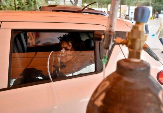Gurudwara Damdama Sahib Runs Oxygen Langar In Delhi