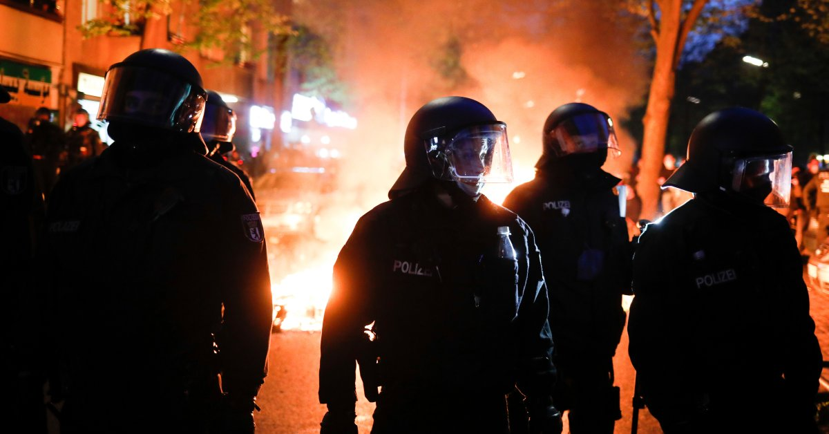 At Least 93 Police Officers Injured in Berlin May Day Riots
