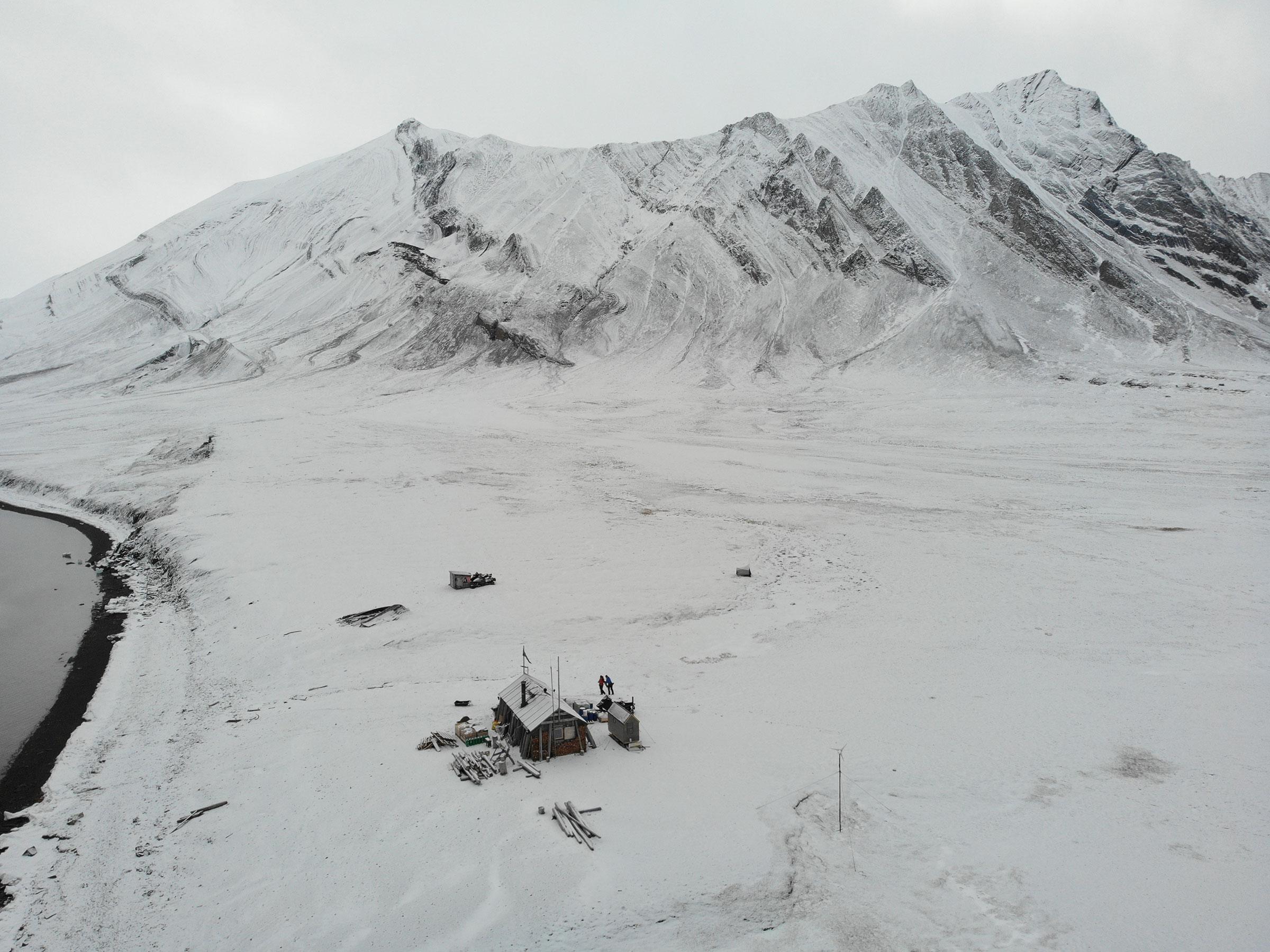 Bamsebu Trappers Cabin built in 1930 for Beluga hunting, March 2020