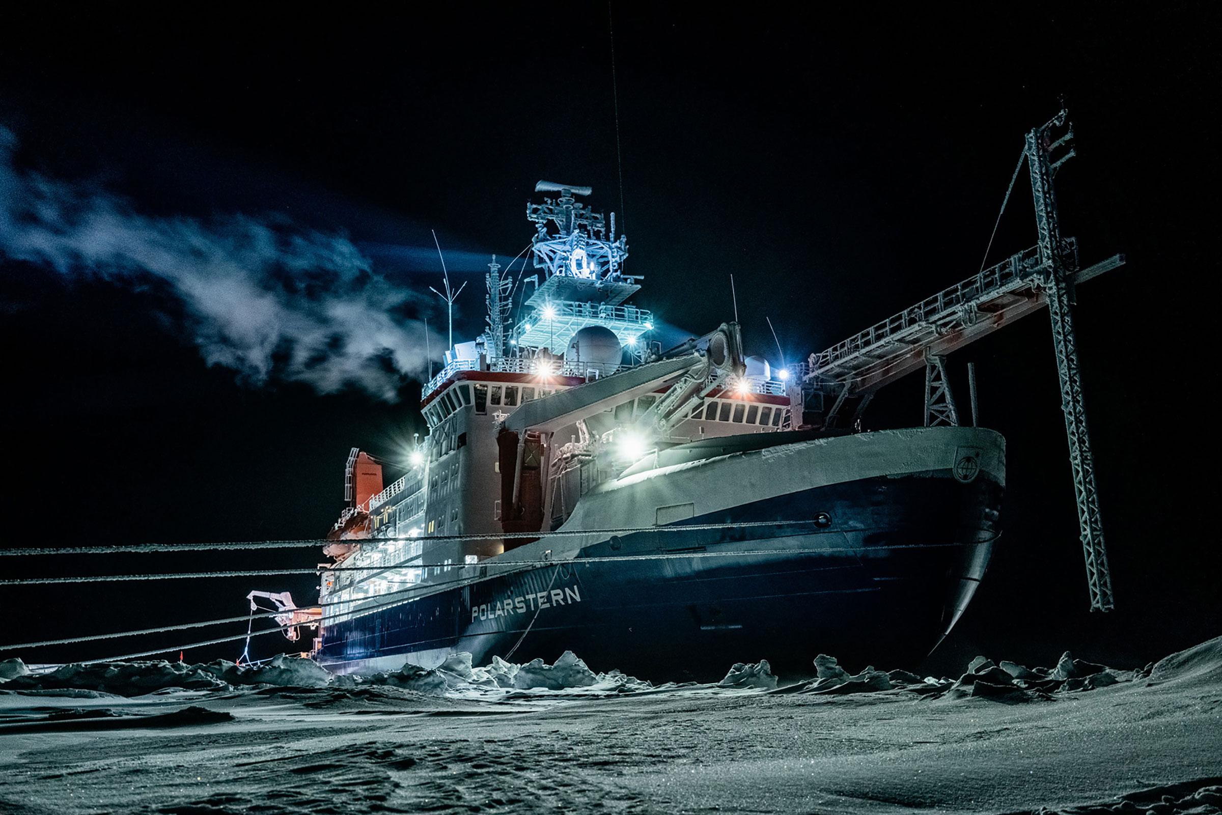German research icebreaker  Polarstern  in the Central Arctic Ocean during polar night on Jan. 1, 2020.