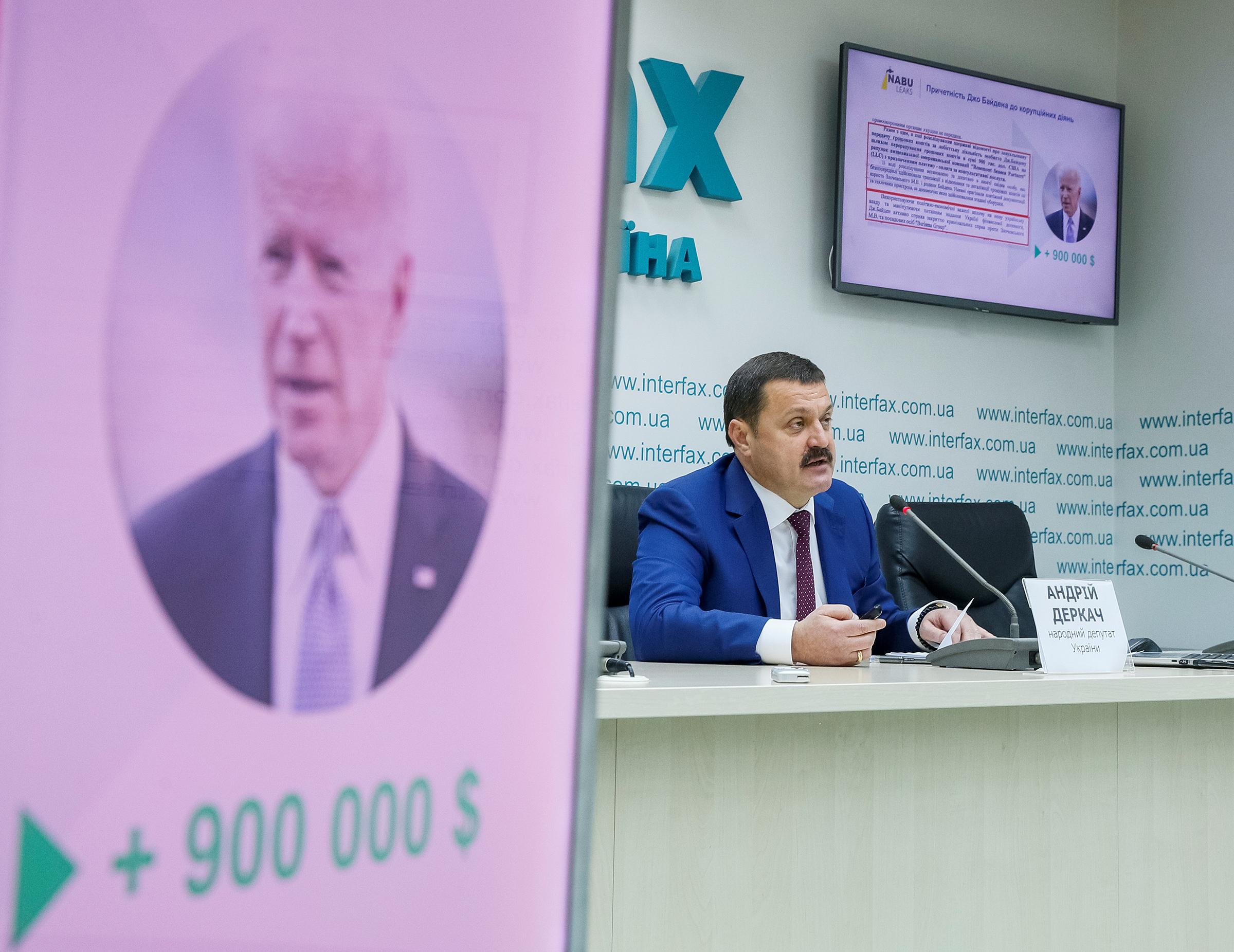 Ukrainian lawmaker Andriy Derkach at a news conference in Kyiv on Oct. 9, 2019.