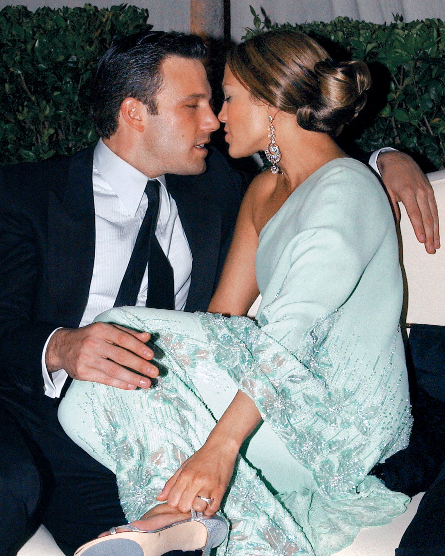 Ben Affleck and Jennifer Lopez at the 'Vanity Fair' Oscars Party Morton's, Beverly Hills, CA in March 23, 2003.