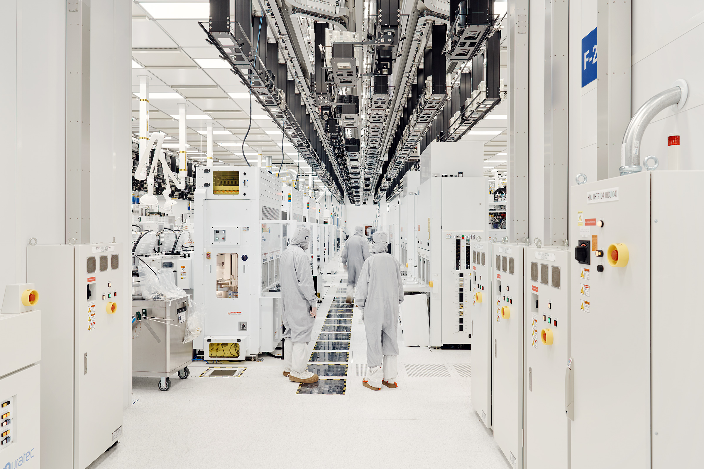 The Fabrication Cleanroom, containing all process tools for the Fab 8 at GlobalFoundries
