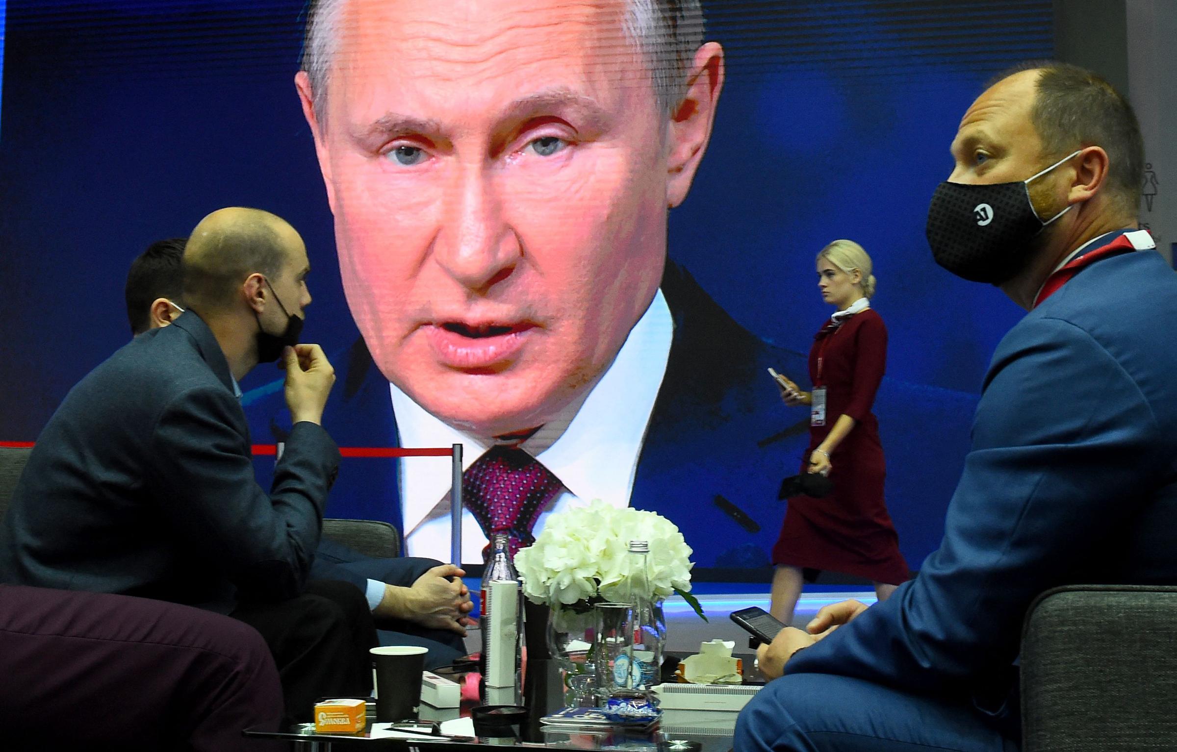 Putin speaking at the St. Petersburg International Economic Forum (SPIEF) on June 4,