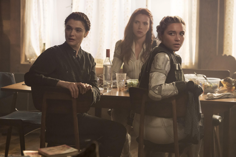 (L-R) Rachel Weisz, Scarlett Johansson and Florence Pugh in Black Widow