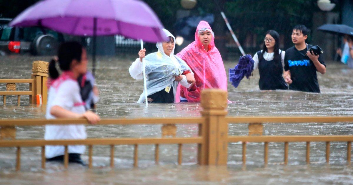 China Ledakan Bendungan untuk Meredakan Banjir yang Membunuh 25 Orang di Henan