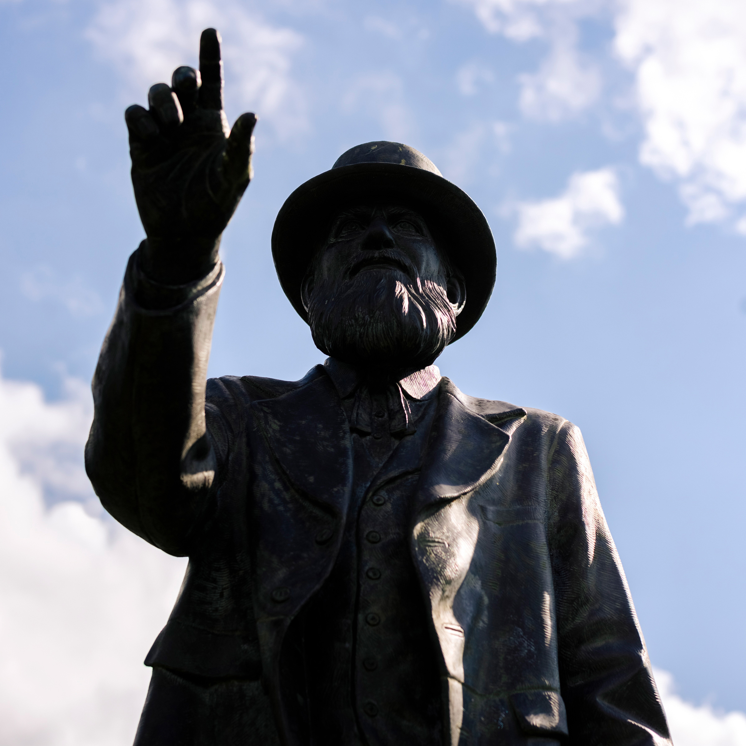 A statue of Stephen Tuttle Thompson, Arab's founder
