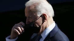 Biden Faces Pressure on Masks, Rising COVID-19 Cases