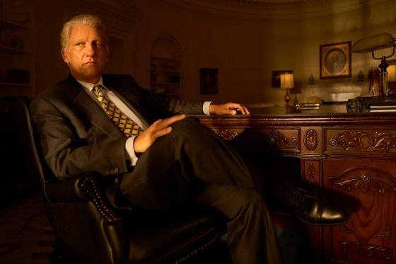 الإقالة: قصة الجريمة الأمريكية - في الصورة: كلايف أوين في دور بيل كلينتون.  سجل تجاري.  كورت إيسوارينكو / إف إكس
