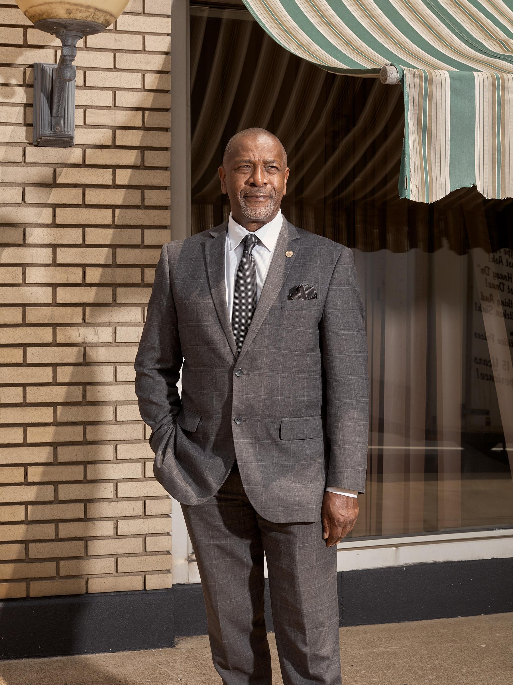 Franklin, Mayor of Warren, Ohio, wants the region to rebrand