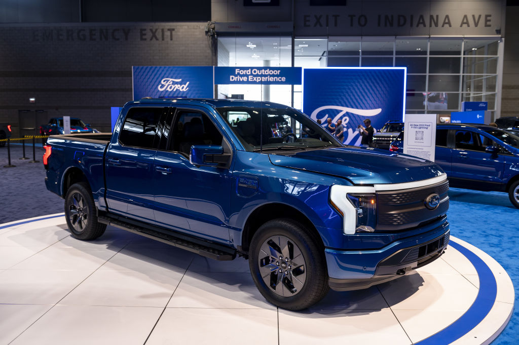 Ford Adds 450 Jobs to Meet Demand for F-150 Lightning Electric Truck