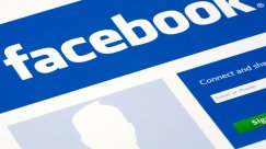 A New Campaign Asks Facebook Users to Pledge to Log Off