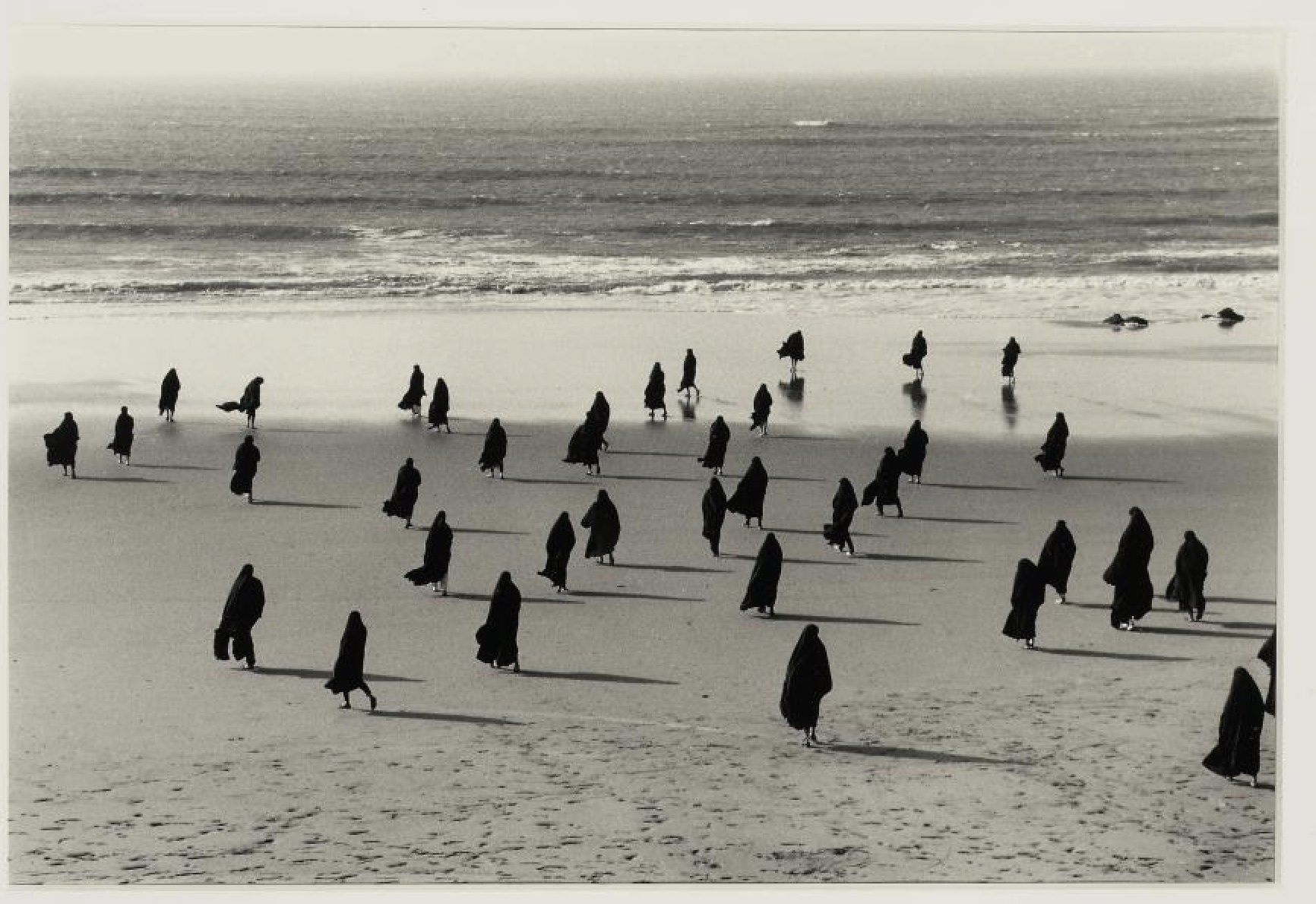 Untitled  from the Rapture series, 1999. Silver gelatin print, 50.8 x 60.9 cm.