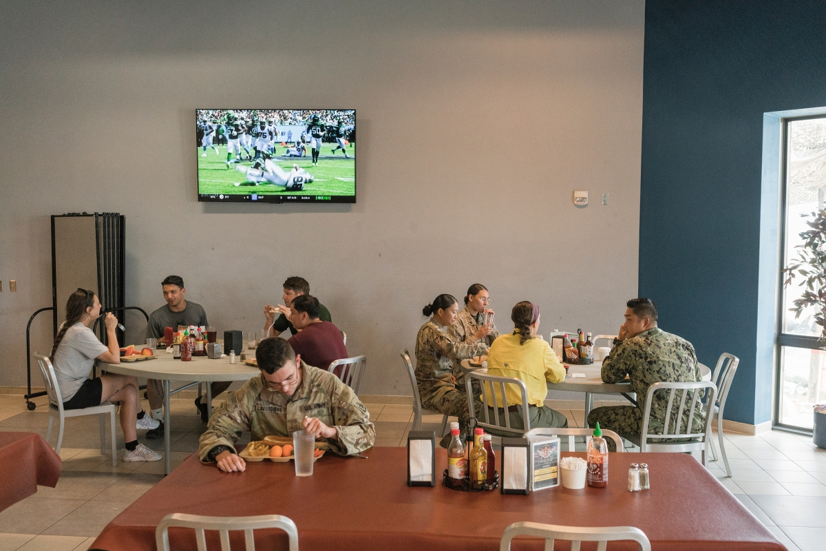 Lunch in a mess hall.