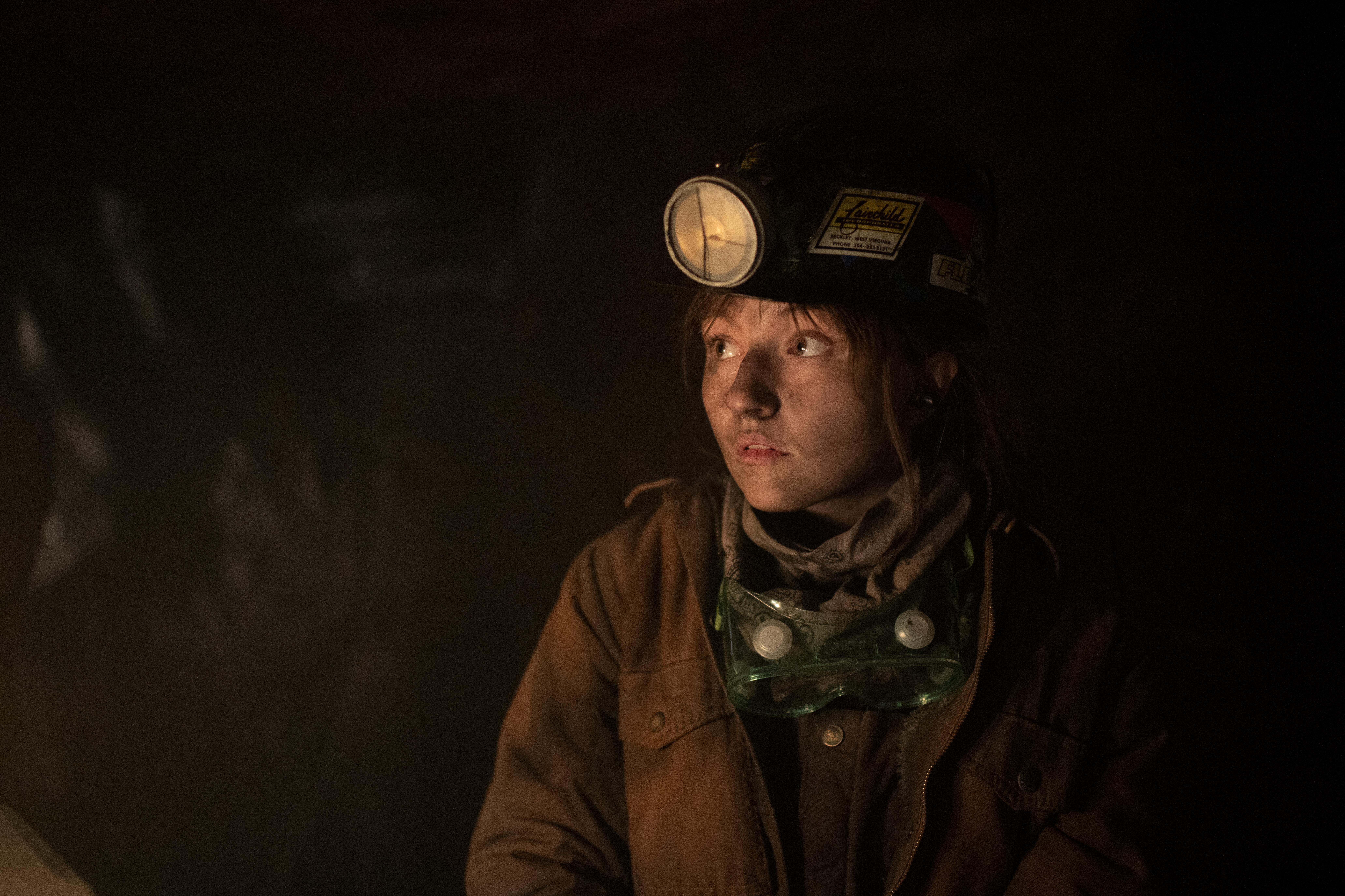 Kaitlyn Dever in 'Dopesick'
